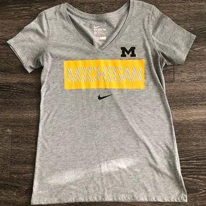 Nike drifit Michigan shirt